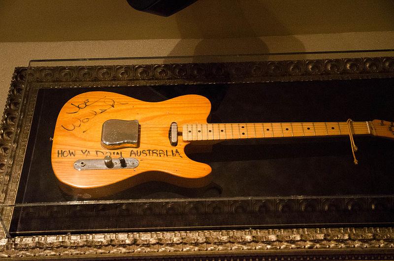 Joe Walsh%27s Fender Telecaster, Hard Rock Cafe Sydney.jpg