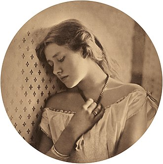 Ellen Terry - Ellen Terry at age 16 Photo by Julia Margaret Cameron