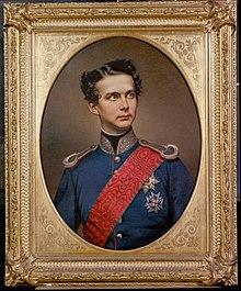König Ludwig II in bayrischer Generalsuniform.jpg
