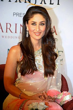 Kareena Kapoor Age, Weight, Height, Figure, Family, Affairs, Wiki And Controversies