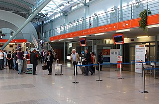 soubor karlovy vary airport terminal ground floor wikipedie. Black Bedroom Furniture Sets. Home Design Ideas