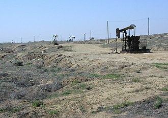 Kern Front Oil Field - Oil wells and disturbed area on the Kern Front Field