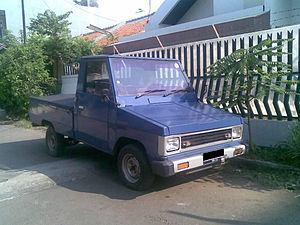 Toyota Kijang - 1982 Toyota Kijang (KF20)