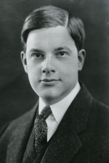 Black and white portrait of poet Joyce Kilmer from his 1908 Columbia University yearbook
