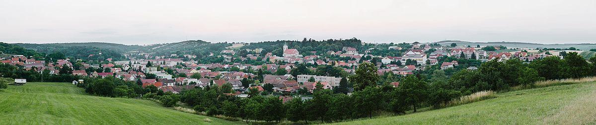 5094df1bf7b Panoramatický pohled na město z jihozápadního směru (červenec 2015)