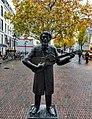 Koos Speenhoff standbeeld.jpg