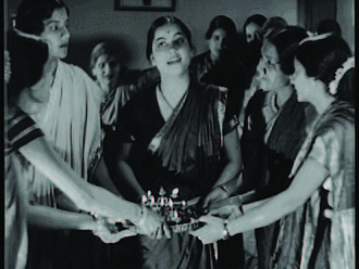 Kunku - A scene from the film. Apte is seen in the centre.