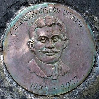 """Charles-Joseph Marie Pitard - Plaque of Charles-Joseph Pitard in the """"Jardín Botánico Canario Viera y Clavijo""""."""