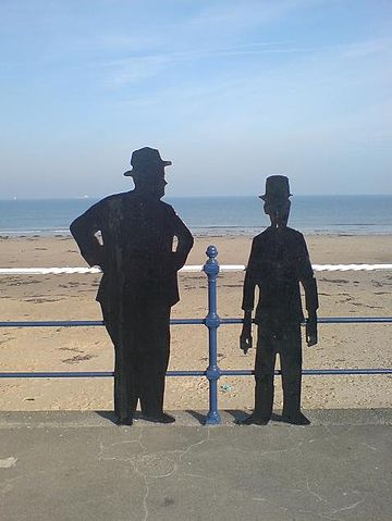 Laurel and Hardy Silhouette.jpg