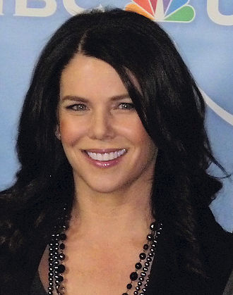 Gilmore Girls - Lauren Graham, who played Lorelai Gilmore, received critical acclaim for her performance