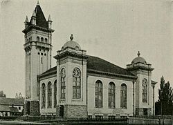 Lehi Tabernacle in 1913.
