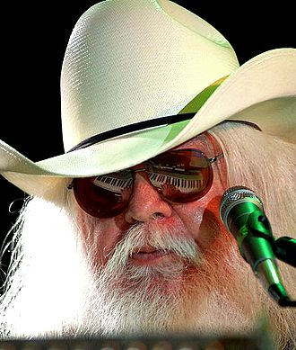 Leon Russell - Russell in 2009