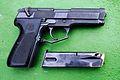 Llama M-82, pistola semiautomática de firma española Llama - Gabilondo y Cía. S.A..JPG