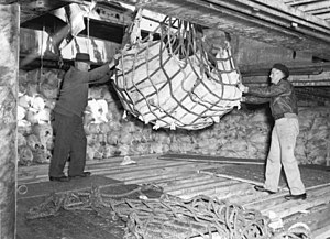 Reefer ship - Loading Clan McDougall with frozen meat for England. Archives New Zealand