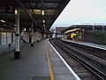London Bridge stn platform 2 look east.JPG