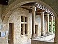 Lourmarin - Loggia chateau 2.jpg