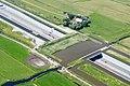 Luchtfoto tijdens bouw van eco-aquaduct Zweth en Slinksloot.jpg
