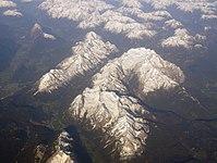 Luftbild Alpen 04 (RaBoe).jpg