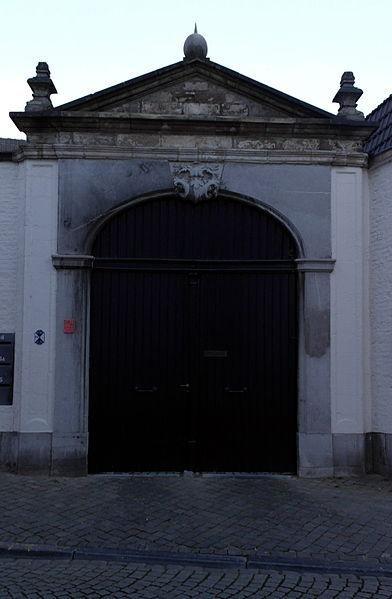 File:Maastricht, StServaasklooster02.jpg