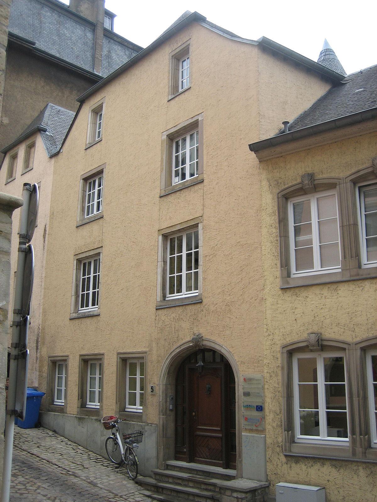 Nicolas de cassal wikipedia for Maison moderne luxembourg wikipedia
