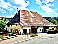 Maison traditionnelle régionale, à Rochejean.jpg