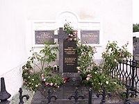 Malenice-hrob Františka Teplého.JPG