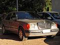 Mercedes Benz 300 E 1988 (16044163411).jpg