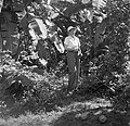 Mevrouw Joy Boogh in de voormalige Jodensavanna aan de Surinamerivier, Bestanddeelnr 252-6929.jpg