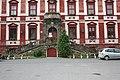 Milešov (Velemín), vchod do zámku.JPG