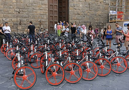 Mobike Classics in front of Palazzo Vecchio, Florence Mobike Classics in front of Palazzo Vecchio, Florence.jpg