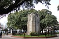 Monumento a Dardo Rocha ubicado en el centro de Plaza Rocha.jpg
