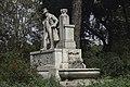 Monumento a Giuseppe Gioacchino Belli2.jpg