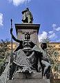 Monumento a Quintino Della - Gruppo scultoreo.jpg
