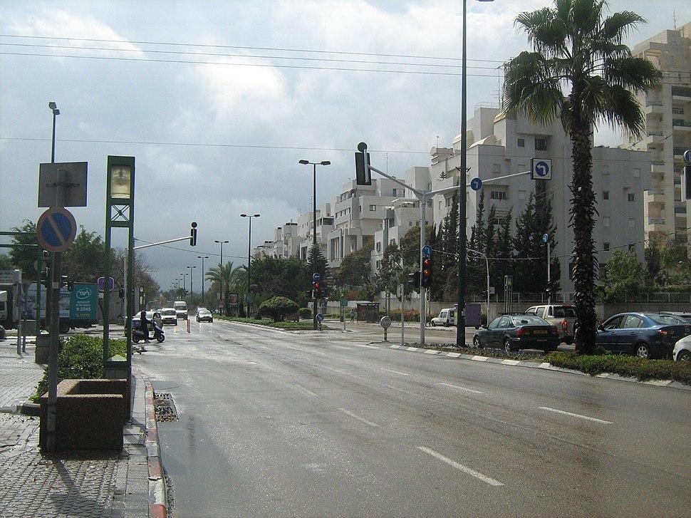 Moshe Sne 056