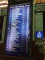 Mumbai Central arrival board.jpg