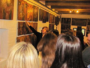 Museum of Ukrainian home icons - Olga Bohomolets, the owner of Museum of Ukrainian Home Icons tells the visitors about the icons of Museum's collection