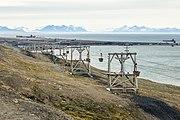 NOR-2016-Svalbard-Longyearbyen-No 3 Cable car 02.jpg