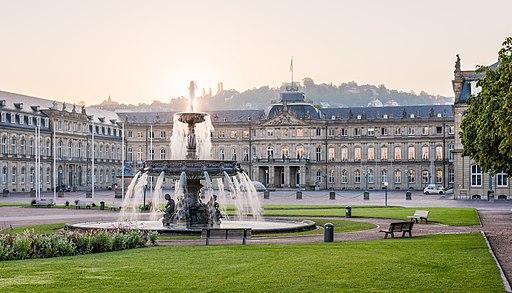 Neues Schloss Schlossplatzspringbrunnen Schlossplatz Stuttgart 2015 04