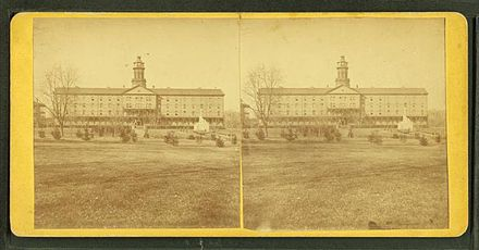 Stereoscopic views of midshipman quarters and mess hall c. 1905 New cadet quarters and mess hall, from Robert N. Dennis collection of stereoscopic views.jpg