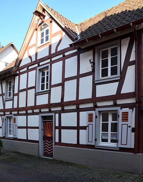 File:Oberwinter Hauptstraße 102.jpg