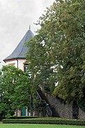 Ochsenturm Hoechst Gartenseite Neues Schloss
