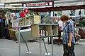 Offener-buecherschrank-brunnenmarkt.jpg