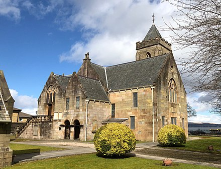 The Old West Kirk of 1591, much altered over the years, was moved in 1928 to a new location, again close to the Firth of Clyde. Old West Kirk east 18.jpg