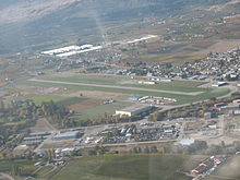 Oliver Airport.jpg