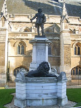 Oliver Cromwell, statue at the Palace of Westminster, London.jpg