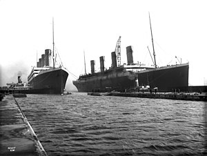Sister ship - Image: Olympic and Titanic