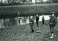 Otroci se vozijo s splavom v okolici Ptuja 1964.jpg