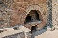 Oven in Pompeii.jpg