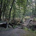 Overzicht van de kettingbrug in het park - Rozendaal - 20424383 - RCE.jpg