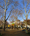 P1220202 Paris IV square Henri-Galli rwk.jpg
